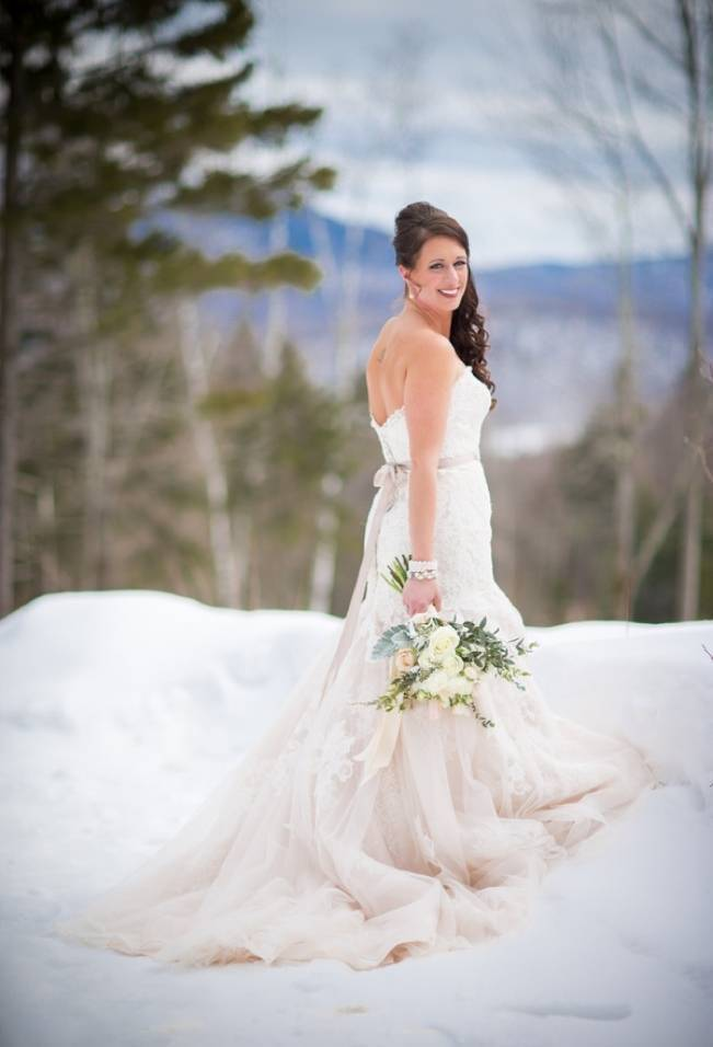 Snowy Winter Wedding in Vermont {Kathleen Landwehrle Photography} 3