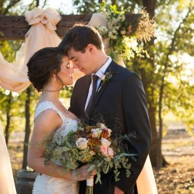 Elegant Fall Barn Wedding at Vintage Oaks Ranch