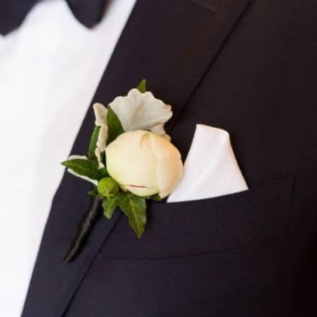 peony-buttonhole