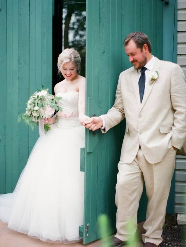 Organic Blush Wedding at The LBJ Wildflower Center in Austin, TX 7