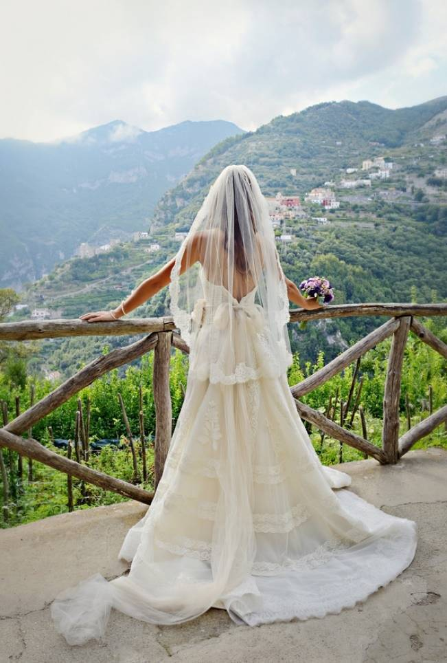 Romantic Positano, Italy Bridal Shoot 7