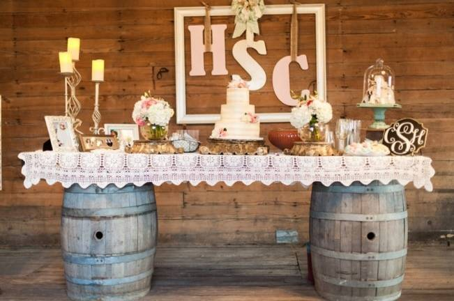 Rustic Chic Texas Barn Wedding - Stephanie Hunter Photography 23