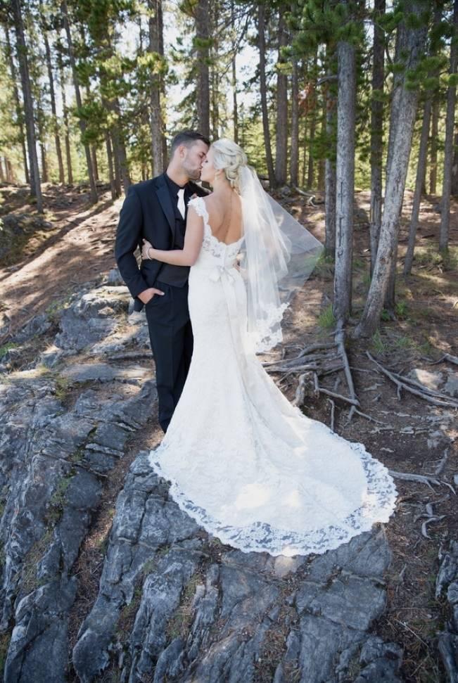 Plum & Nude Rustic Mountain Wedding - Melanie Bennett Photography 14