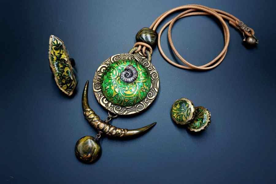 East Ethnics Jewelry Set 07