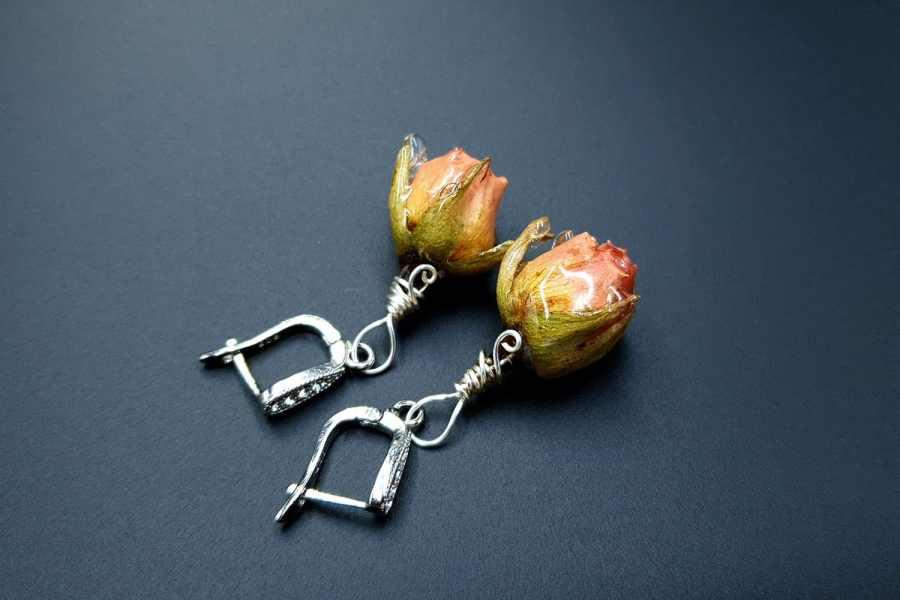 Frozen Roses Earrings 04