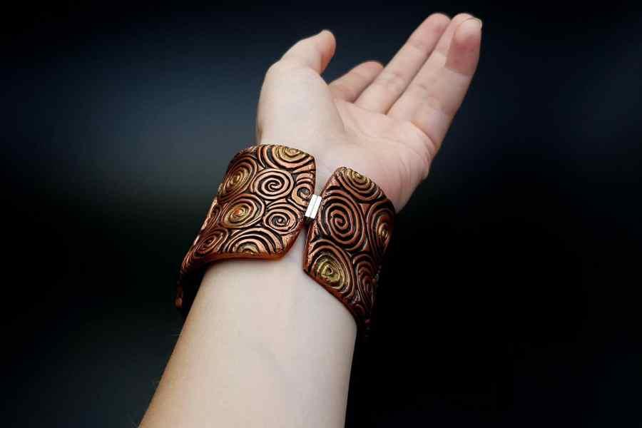 Product Begonia Leaf Bracelet Cuff 08