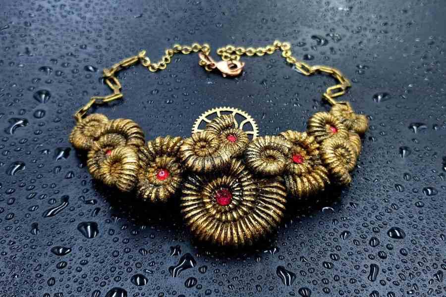 Product Focilizes Treasure Necklace 04