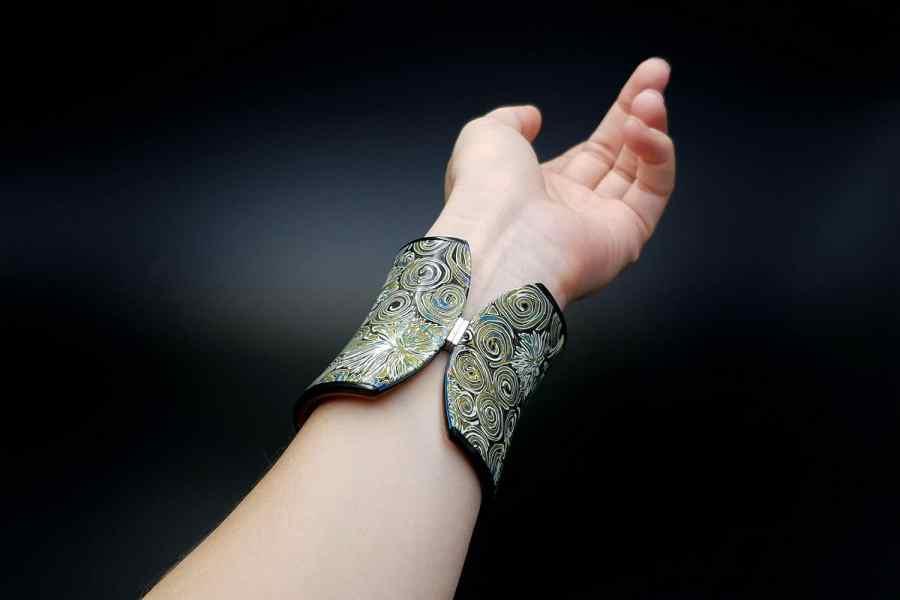 Product Nautilus Bracelet Cuff 05