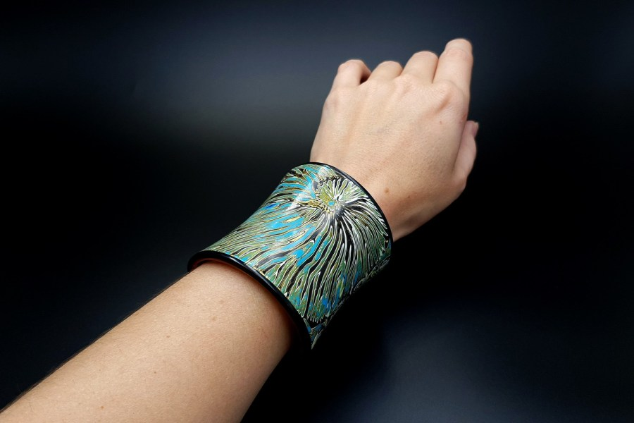 Product Nautilus Bracelet Cuff 06