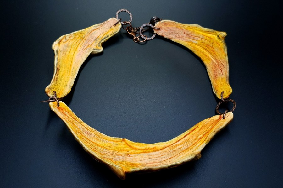 Product River Wood Necklace 02