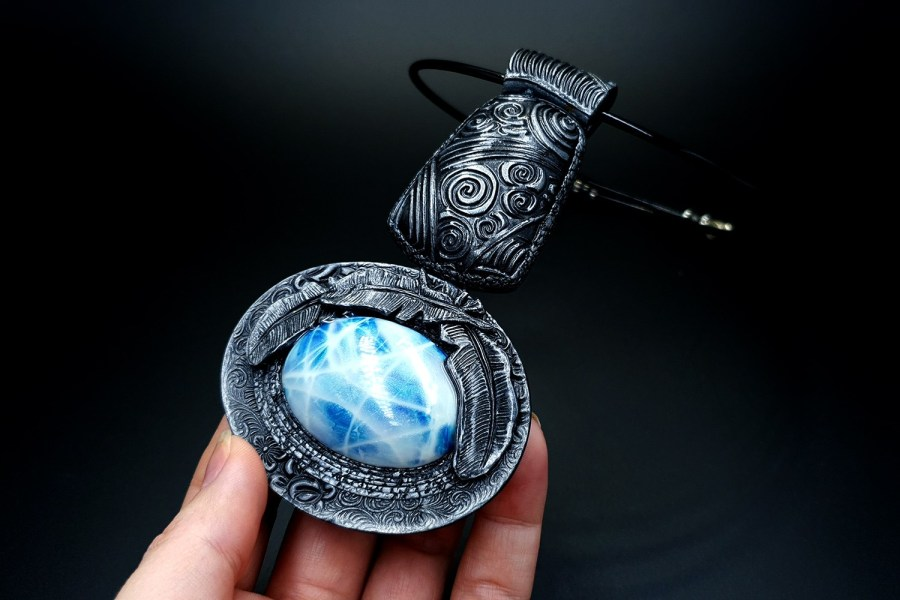 Product Song of Spirits Pendant 03