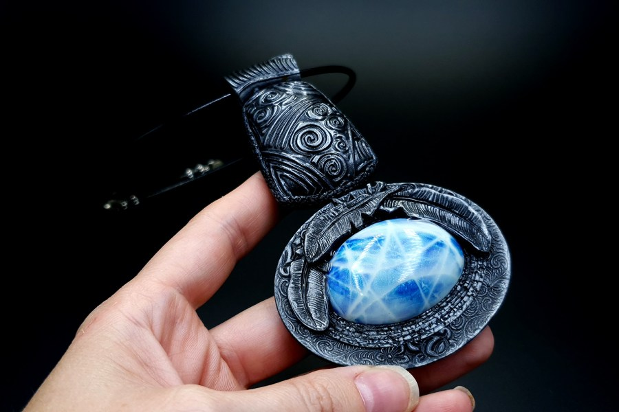 Product Song of Spirits Pendant 04