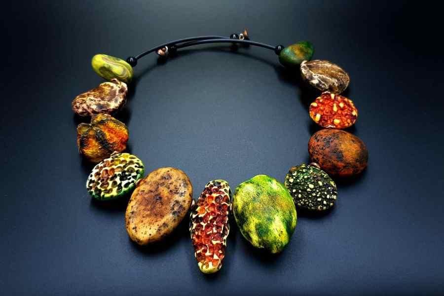 Product The Flintstones Necklace 03