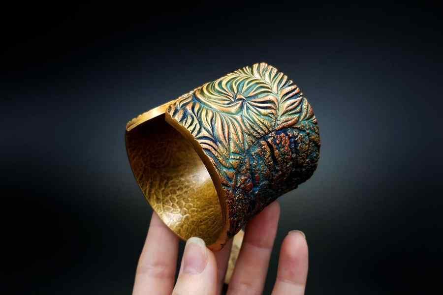 Product Tree Bark Bracelet Cuff 05