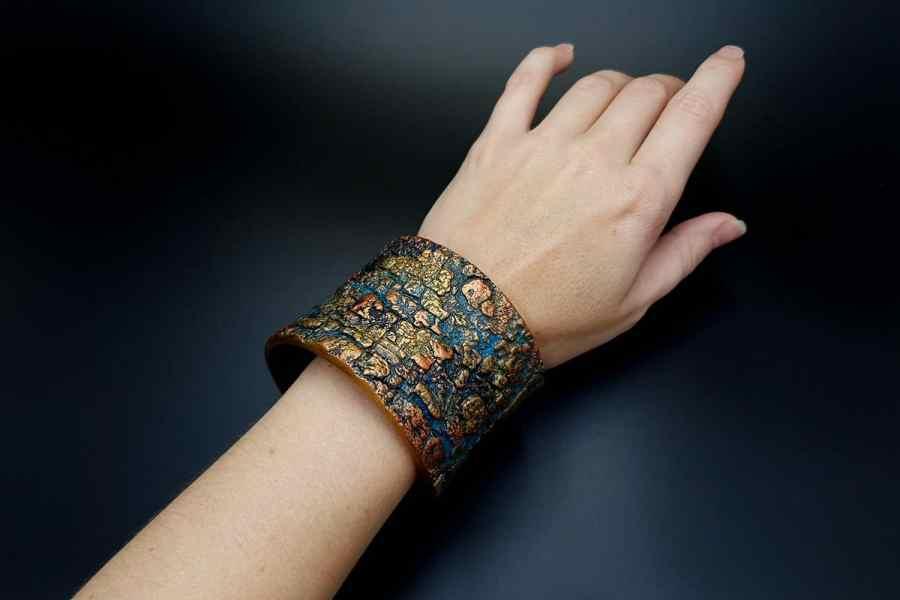 Product Tree Bark Bracelet Cuff 07