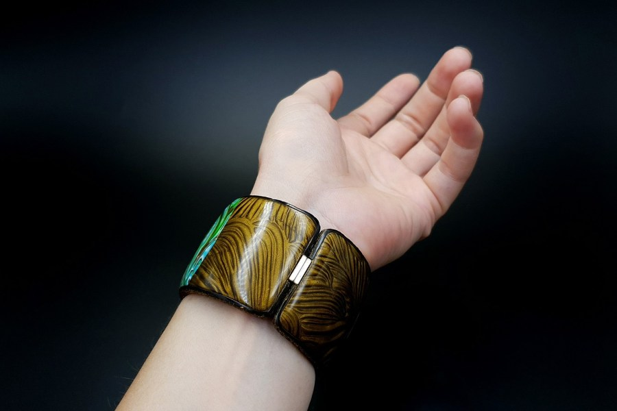 Product Tropical Bracelet Cuff 08