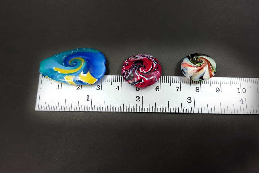 7 pcs Abstract Twisted Beads from Polymer Clay - Aqua Blue Red Black Colors p05