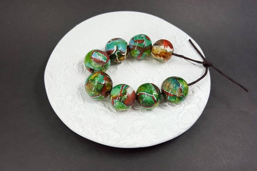 8 pcs Jade Beads p02