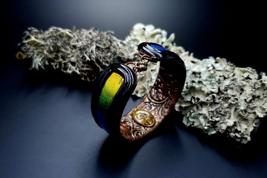 Bracelet Cuff Rainbow Dreams img02