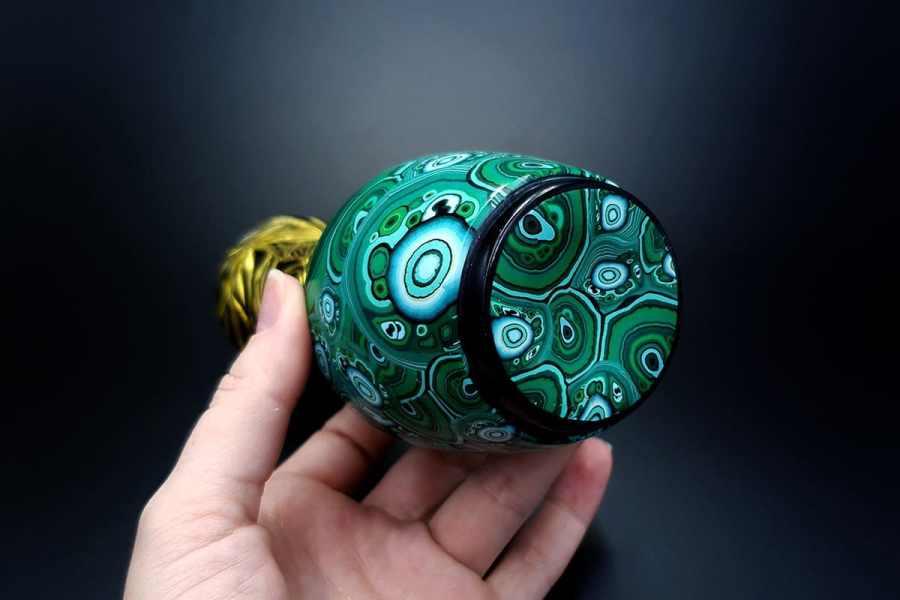 Malachite Vase1 p04