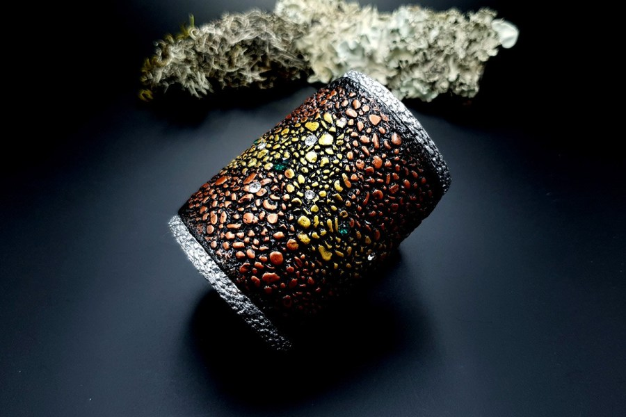 Wide Bracelet Cuff River Stones img02