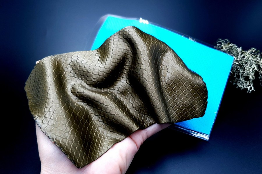 Fish Scales Small Silicone Texture - 180x90mm 1