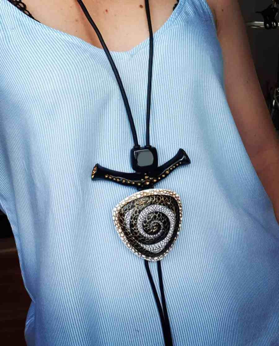 Yin-Yang Swirl Pendant - Triangle Style 6