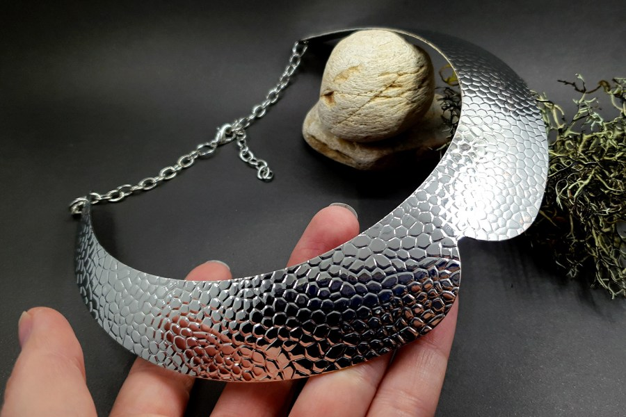 Metal silver color textured base for necklace 3