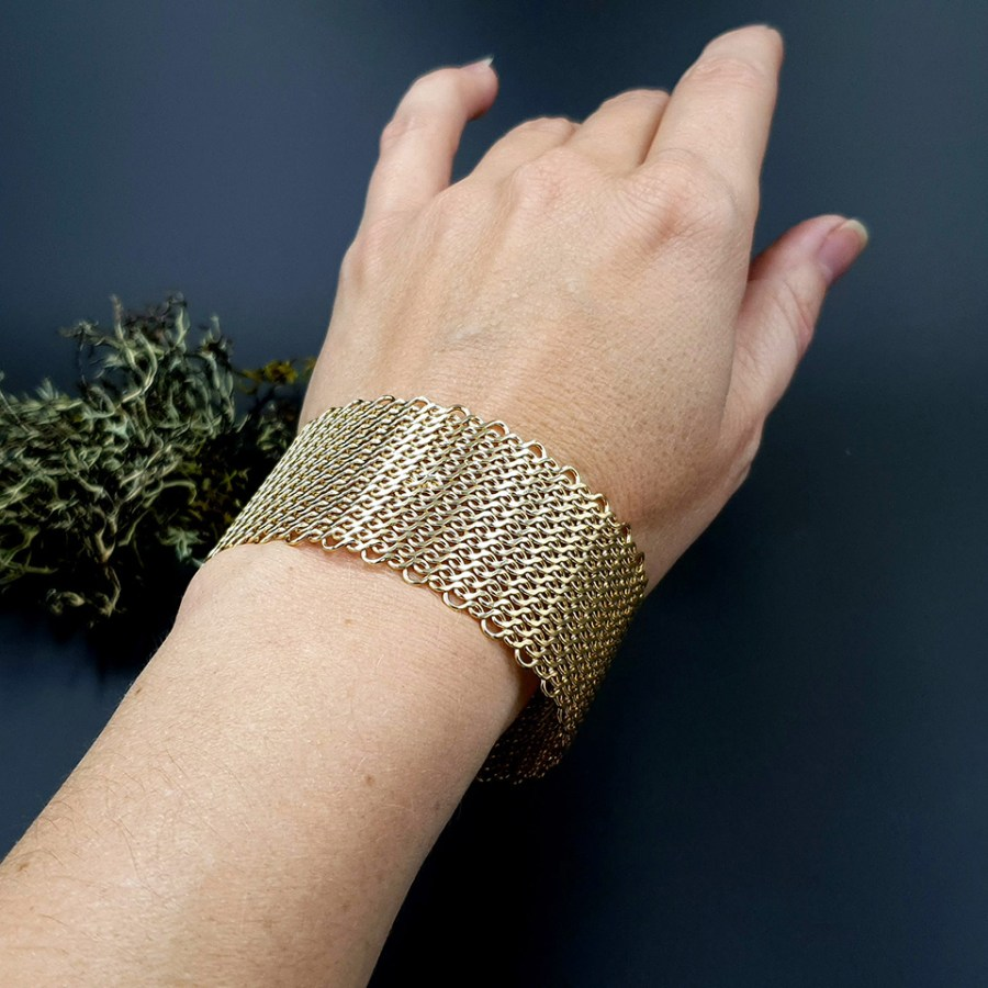 Metal gold color textured bracelets tool for baking 4