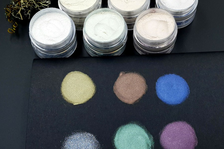 5 colors Chameleon powders + 1 Crystal White Pearl powder 3