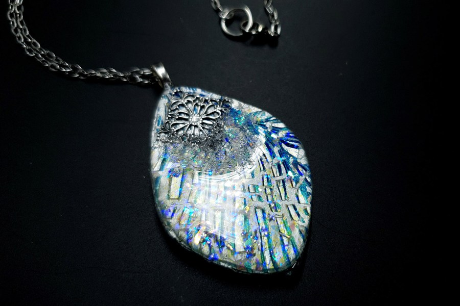 Pendant Melted Ice 2