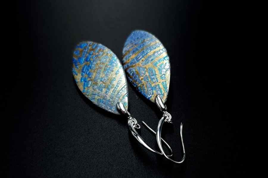 Small Frozen Petals Earrings 3