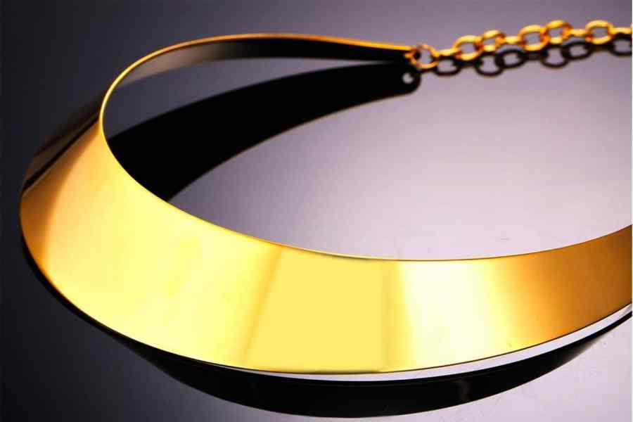 Metal Base Plain Golden Necklace 5