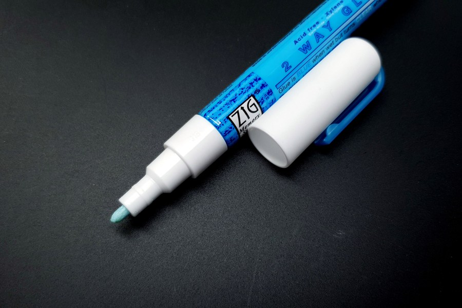 2 Way Adhesive Glue Marker - Fine 1