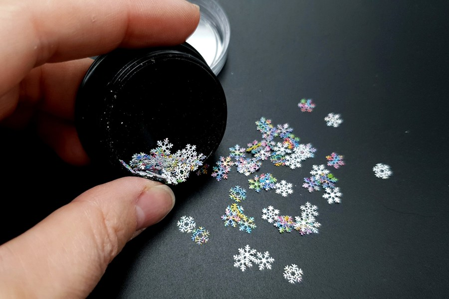 Colorful Snowflakes (30g) 3