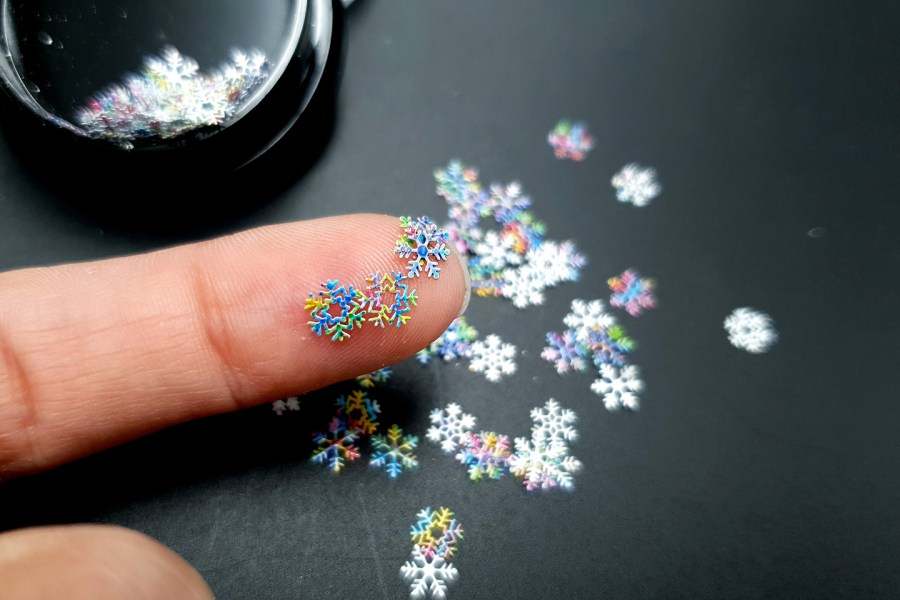 Colorful Snowflakes (30g) 10