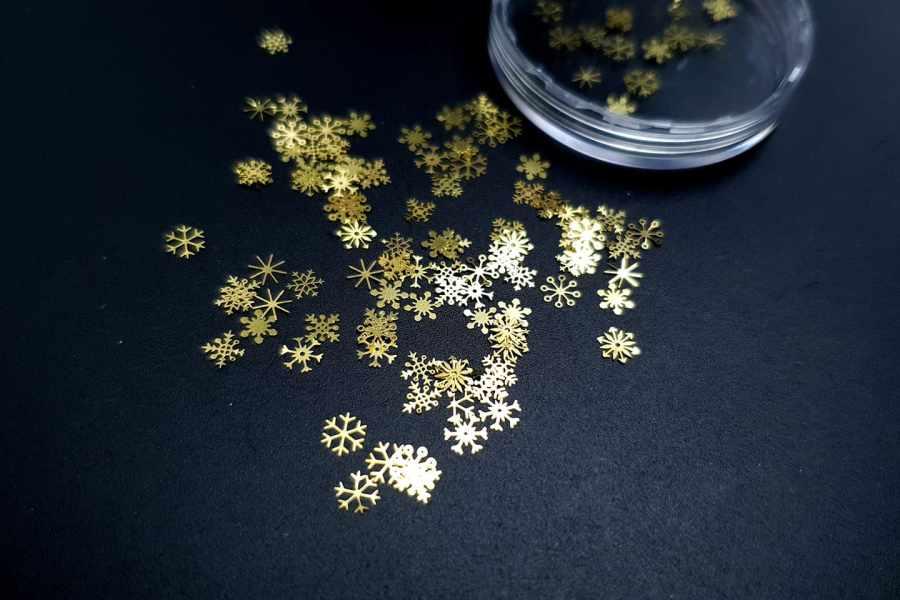 Golden Snowflakes (30g) 3