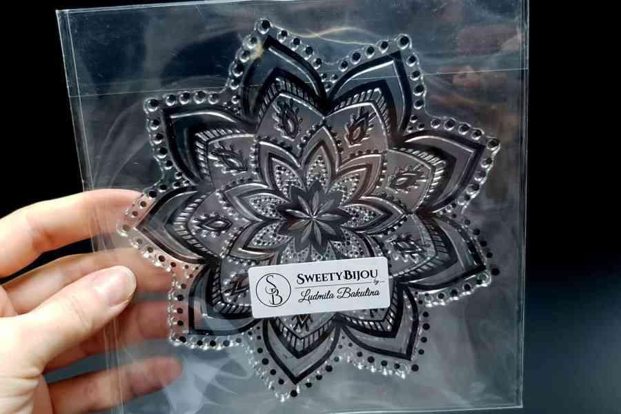 Mandala Snowflake Pattern 2 (14.5x14.5cm) 2