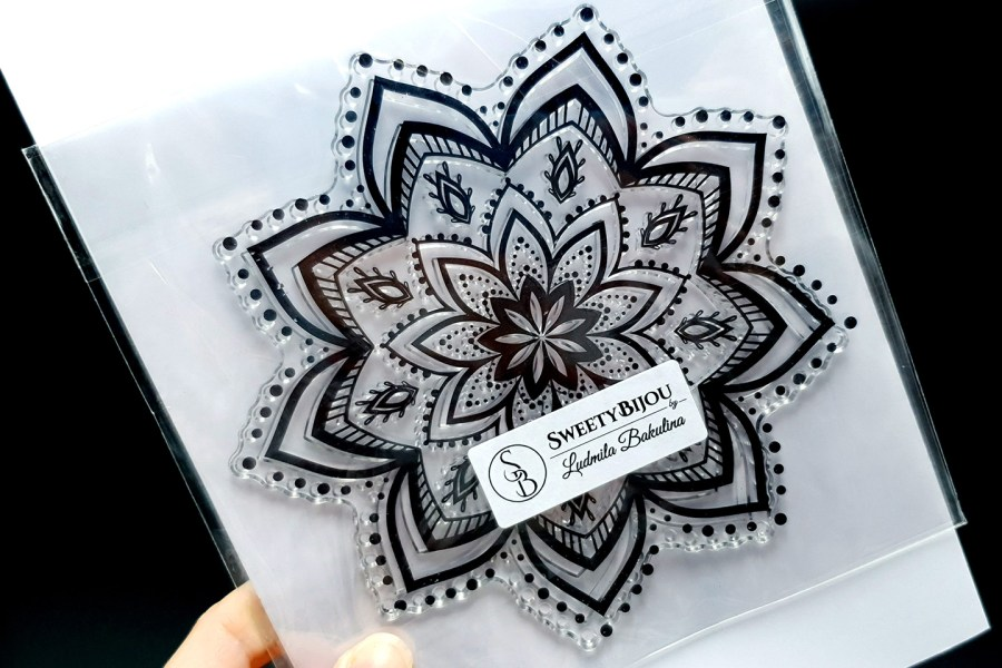 Mandala Snowflake Pattern 2 (14.5x14.5cm) 5