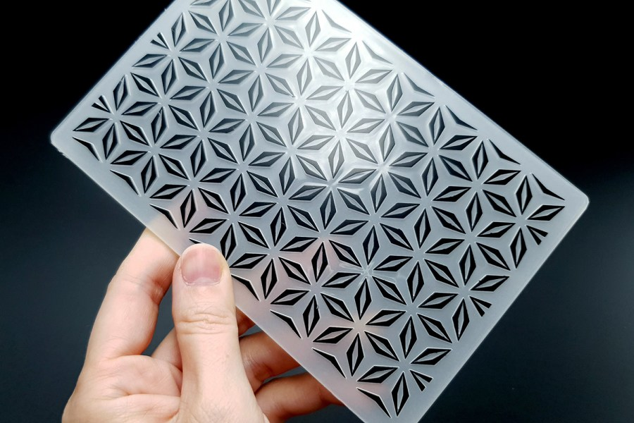 Geometric Flowers (10.5x15) - Plastic Texture 3