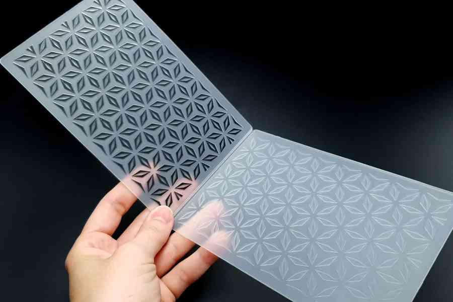 Geometric Flowers (10.5x15) - Plastic Texture 1