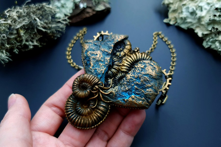 Square Medium Ammonites Mold #3 7
