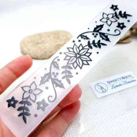 Christmas Flowers – Plastic Texture