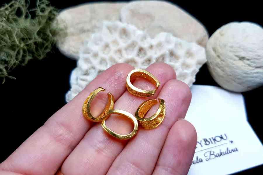 Golden Baroque Style Pendant Pinch Bail - 14x10mm