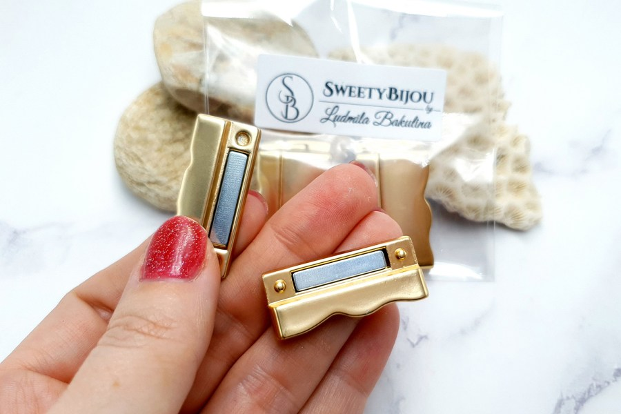 2 pcs set of golden color magnetic clasps 1