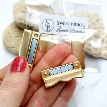 2 pcs set of golden color magnetic clasps