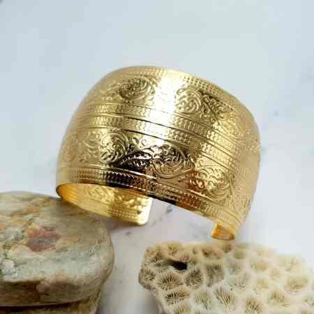 Bracelet Metal Base, Floral Pattern, Golden Color