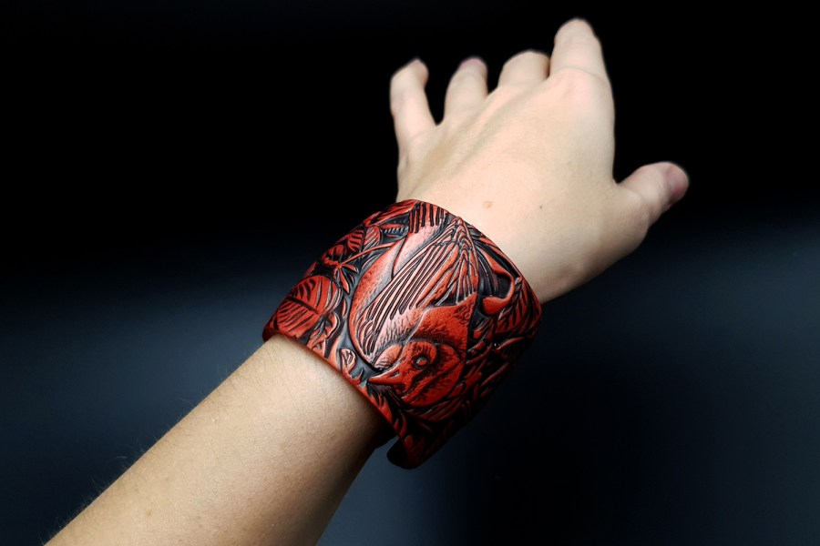 "Bracelet ""Red Wood"" Polymer clay 9"