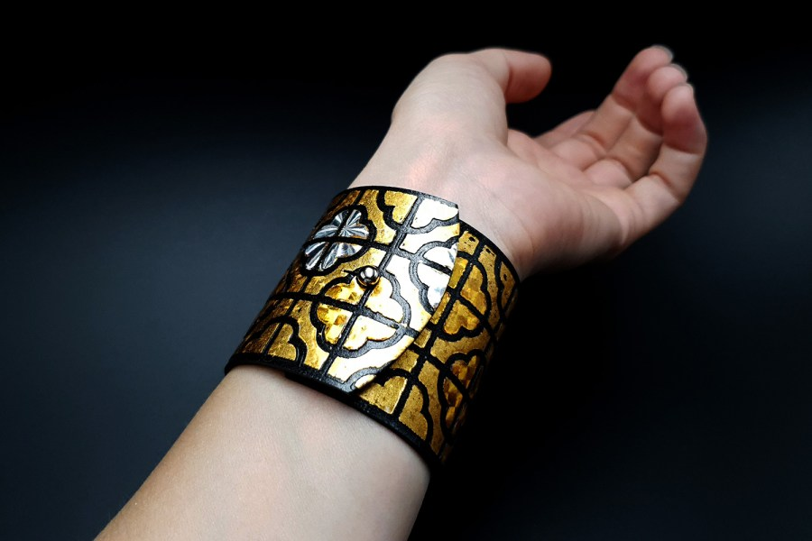 """""""Gold"""" Polymer clay bracelet 8"""