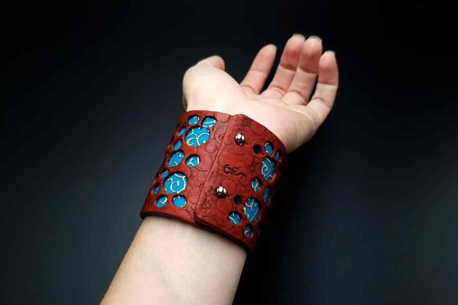 """Blue Flower"" Polymer clay Bracelet 10"
